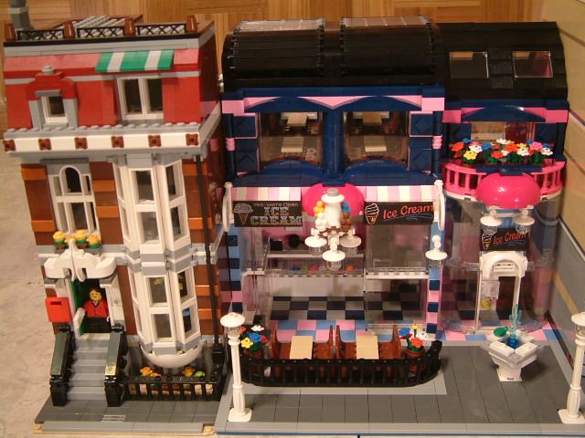 Modular Lego Ice Cream Shop - Custom Lego Ice Cream Parlor- Rare Lego Ice Cream model