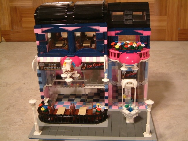 Modular Lego Ice Cream Shop - Custom Lego Ice Cream Shop