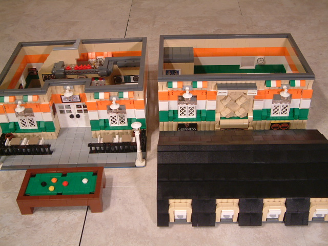 Modular Lego Irish Pub - Custom Lego pub - Rare Lego irish pub model