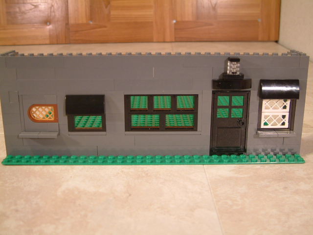 Learn how to built Lego windows and other parts sideways.