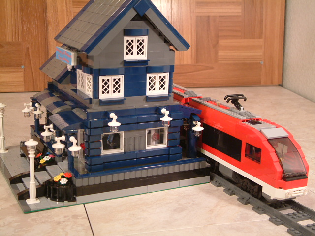 Lego 7938 Passenger Train